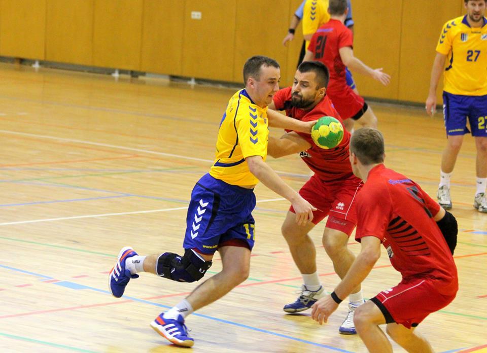 Lauris Eglītis cīnās ar Aleksandru Pegasovu (Foto: SK Latgols)