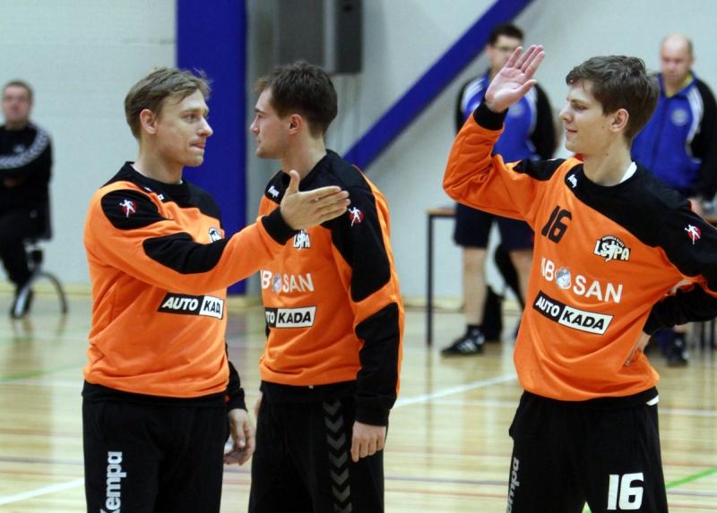 Helmuts Tihanovs, Artūrs Buračevskis un Raitis Puriņš (Foto: Sandra Škutāne)
